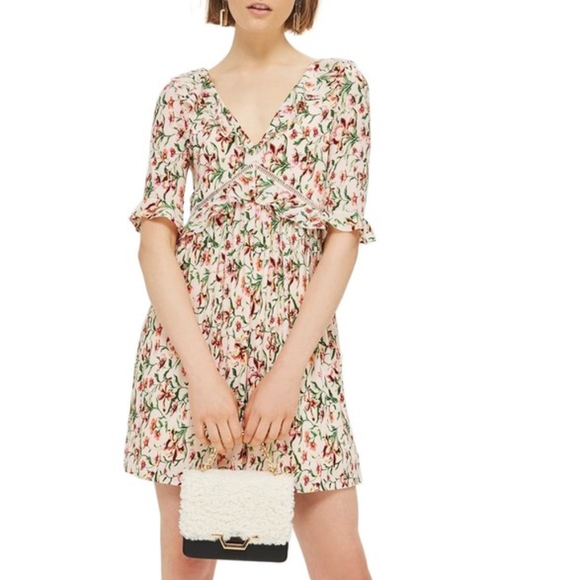 bb36f23b2b Topshop Iris Floral Mini Skater Dress NWT